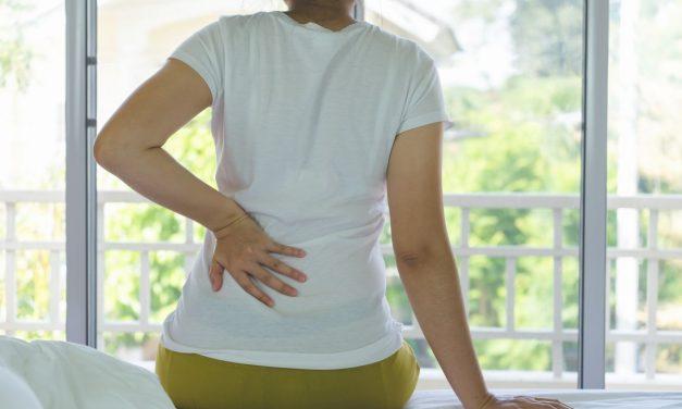 女性绝经后谨防肾结石