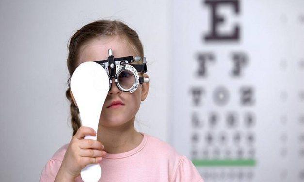 孩童单眼近视,家长该做些什么