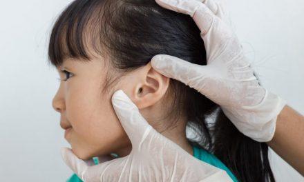 中耳炎防治八誤區